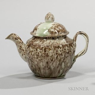 Tortoiseshell-glazed Cream-colored Earthenware Teapot and Cover