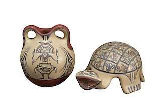Margaret Gutierrez | Lot of 2: Santa Clara Small Jar (Margaret Gutierrez) and Turtle (Margaret and Luther Gutierrez)
