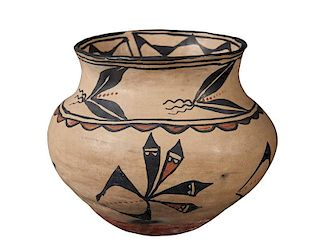 Santo Domingo Pueblo | Polychrome Storage Jar