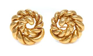 A Pair of 18 Karat Yellow Gold Earclips, Verdura, 13.40 dwts.