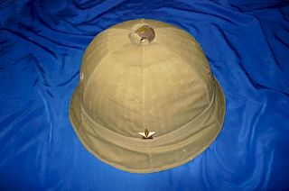 WW2 Japanese IJN cloth pith helmet, NAMED.
