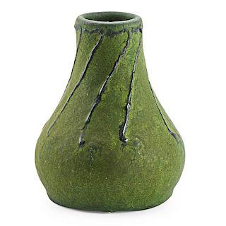 MERRIMAC Cabinet vase