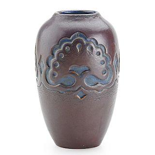 CALIFORNIA FAIENCE Vase with oak trees