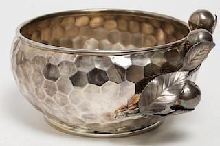 Aesthetic Movement Silver-Plate Bowl, Hartford Co.