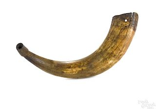 American decorated hunting horn