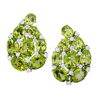 VERDURA PERIDOT, DIAMOND & YELLOW GOLD EARRINGS