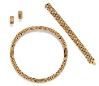 A 14 Karat Yellow Gold Mesh Link Demi Parure, 92.10 dwts.