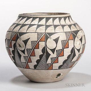 Acoma Polychrome Pottery Jar