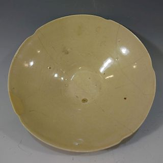 CHINESE ANTIQUE SONG DYNASTY CELADON PORCELAIN BOWL