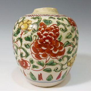CHINESE ANTIQUE WUCAI PORCELAIN JAR - MING DYNASTY