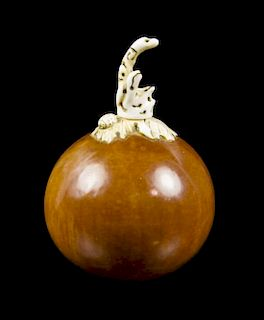 A Gourd Snuff Bottle, Height 2 5/8 inches.