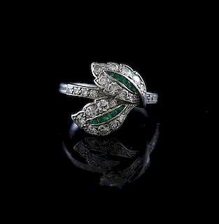Pretty antique platinum ring