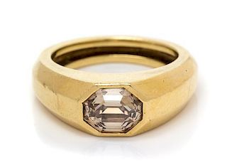 A Yellow Gold and Colored Diamond Ring, 6.30 dwts.