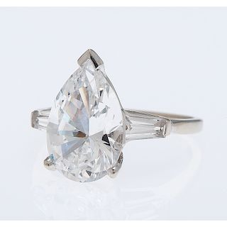 14 Karat White Gold Cubic Zirconia Ring