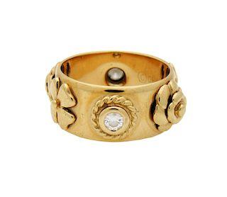 Vintage Chanel Embossed Motif Diamonds Gold Ring Size 6
