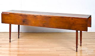 Pennsylvania pine harvest table