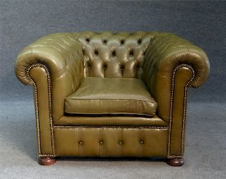 TUFTED BACK CLUB CHAIR IN GREEN LEATHER