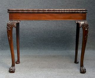 18THC. MAHOGANY CHIPPENDALE CARD TABLE