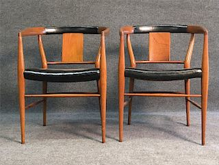 PR OF MID CENTURY MODERN CHAIRS W/ LEATHER SEATS