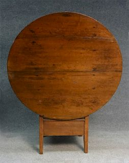 NEW HAMSPHIRE ROUND TOP CHAIR TABLE, OLD PINE