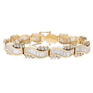 A Lady's Important Diamond Ribbon Bracelet