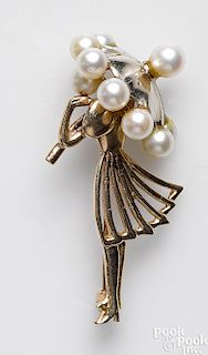 14K yellow gold figural pearl brooch
