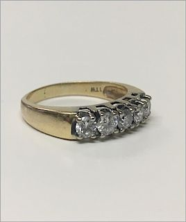 5 STONE DIAMOND RING IN 14KT YELLOW GOLD