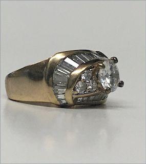1.13 CARAT CENTER DIAMOND SET IN 14KT YELLOW GOLD