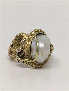 14KT YELLOW GOLD & PEARL DRAGON RING,. 6.5 DWT
