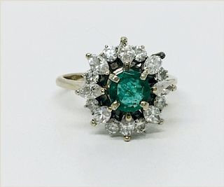 18KT GOLD NATURAL EMERALD & DIAMOND COCKTAIL RING