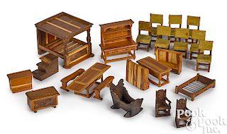 Artisan English dollhouse furniture
