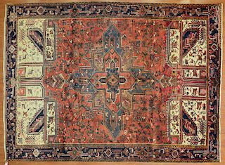 Persian Herez rug, approx. 8.1 x 11.1