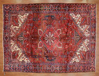 Persian Herez rug, approx. 8.6 x 11.3