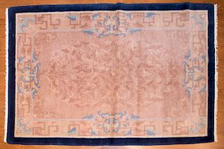 Antique Fette Chinese rug, approx. 4.1 x 6