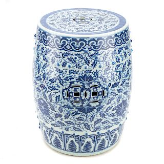 Chinese Export blue/white porcelain garden seat