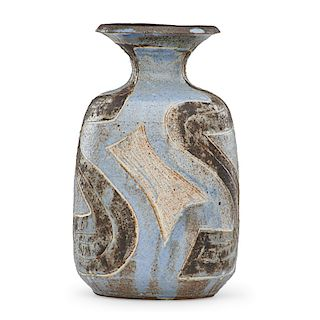 M. WILDENHAIN; POND FARM Vase