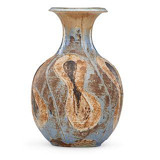 M. WILDENHAIN; POND FARM Large vase