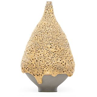 JAMES LOVERA Exceptional vase