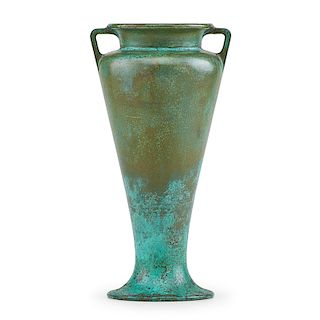 CLEWELL Patinated bronze vase
