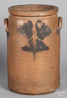 Baltimore stoneware crock