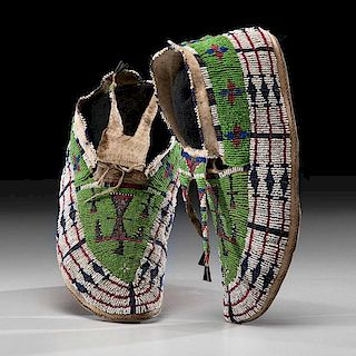 Sioux Beaded Pictorial Hide Moccasins