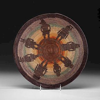 Elsie Holiday (Dine [Navajo], b. 1964) Polychrome Basketry Tray