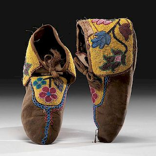 Anishinaabe [Ojibwe] Beaded Hide Moccasins