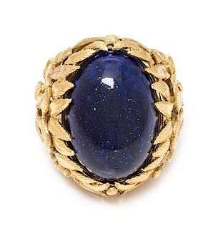 An 18 Karat Yellow Gold and Lapis Lazuli Bombe Ring, Italian, 22.00 dwts.