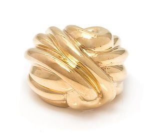 An 18 Karat Yellow Gold Bombe Ring, 18.20 dwts.