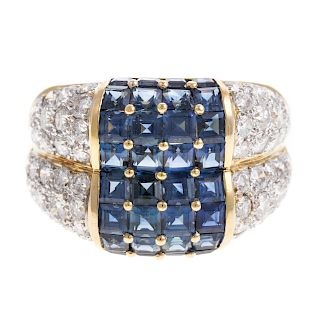 A Ladies Sapphire & Diamond Ring in 18K Gold