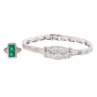 A Ladies Art Deco Filigree Bracelet & Ring in Gold