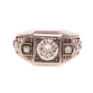 A Vintage Diamond Ring in 14K White Gold
