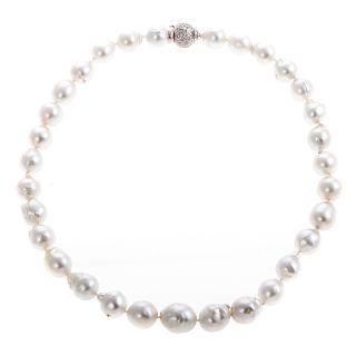 A Ladies Baroque South Sea Pearl Necklace