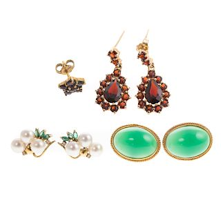 A Collection of Ladies Earrings in 14K Gold